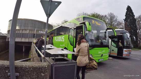 รอ Flixbus ไป Rothenburg