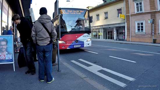 Bus 150 จาก Salzburg ไป St.Gilgen