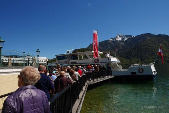 ล่องเรือ Lake Wolfgang