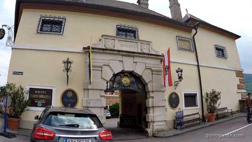 Schlosshotel Duernstein