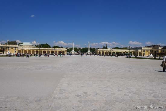 ทางเข้า Schoenbrunn palace
