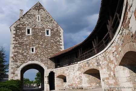 กำแพงปราสาท Buda Castle